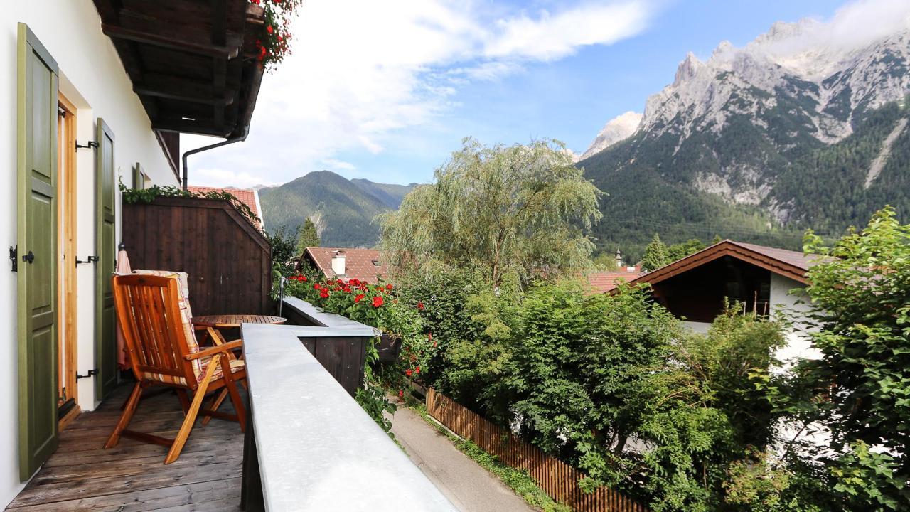 Landhaus Albrecht Panoramablick Balkon FeWo 2