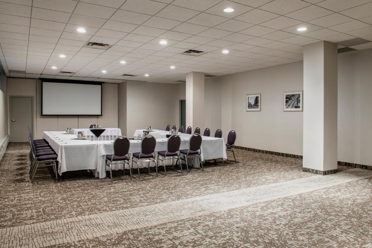 Saskatchewan Meeting Room
