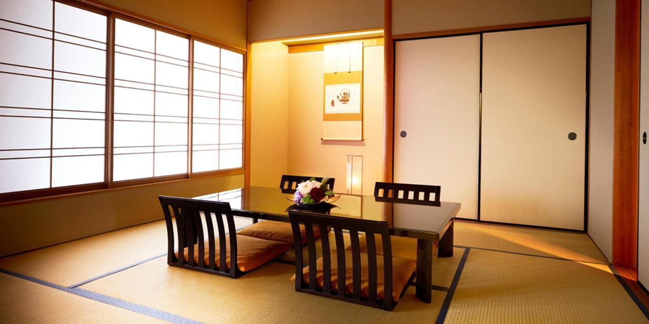 Rooms29.jpg