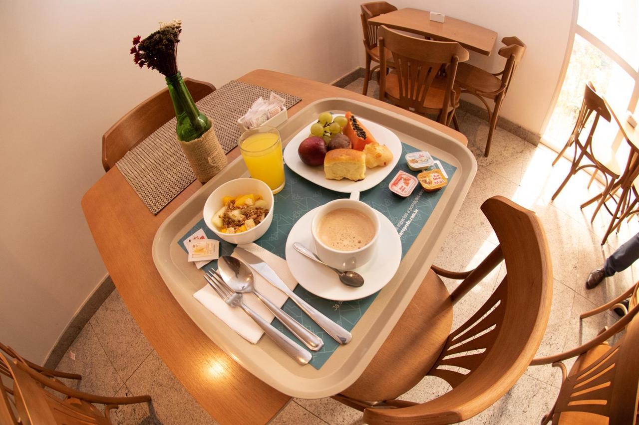 CAFE_06.jpg