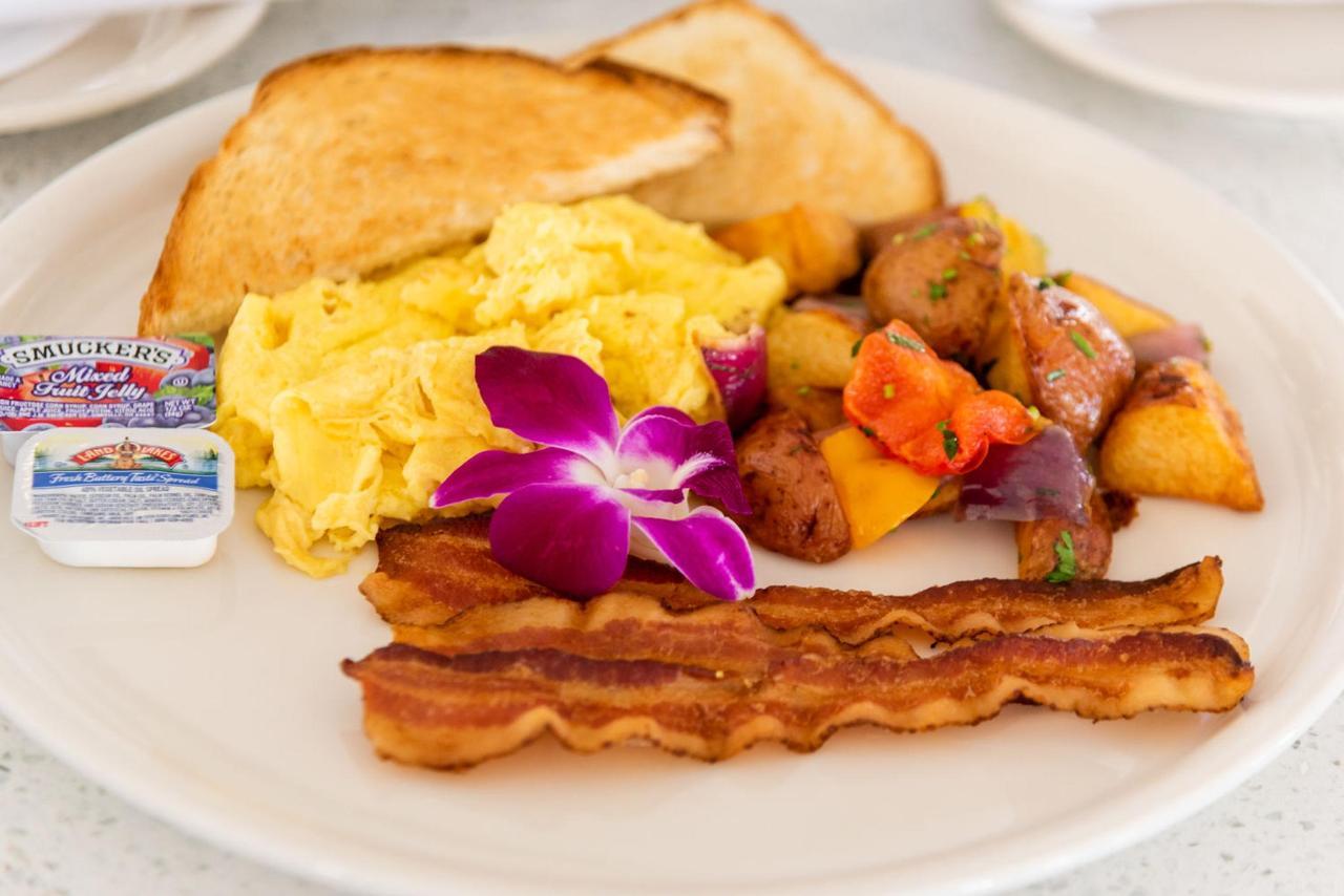 Hot American Breakfast at Majestic Hotel South Beach.jpg