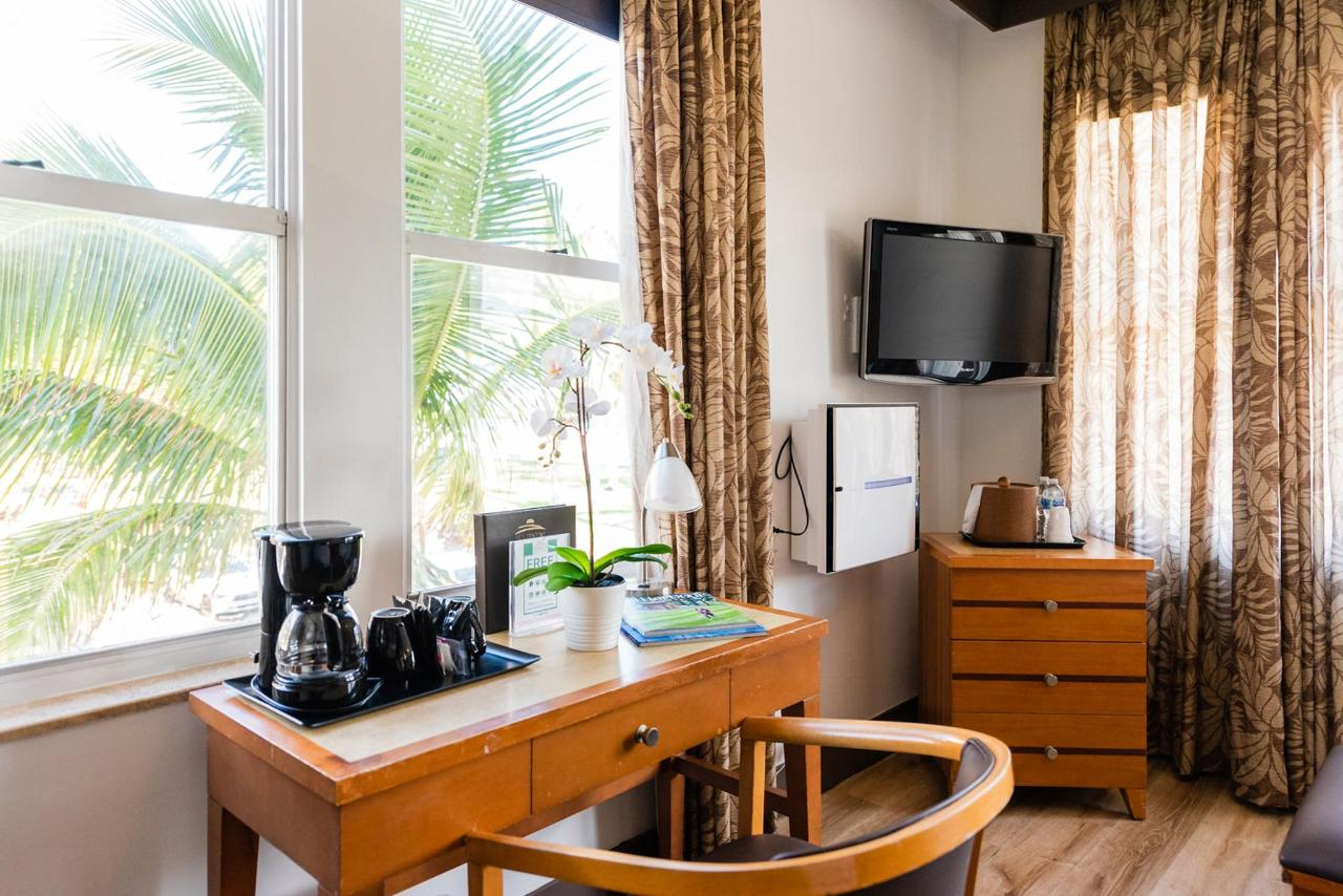 Majestic South Beach Hotel Ocean Front Double Room.jpg
