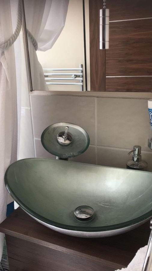 Lux Boat Sink.jpg