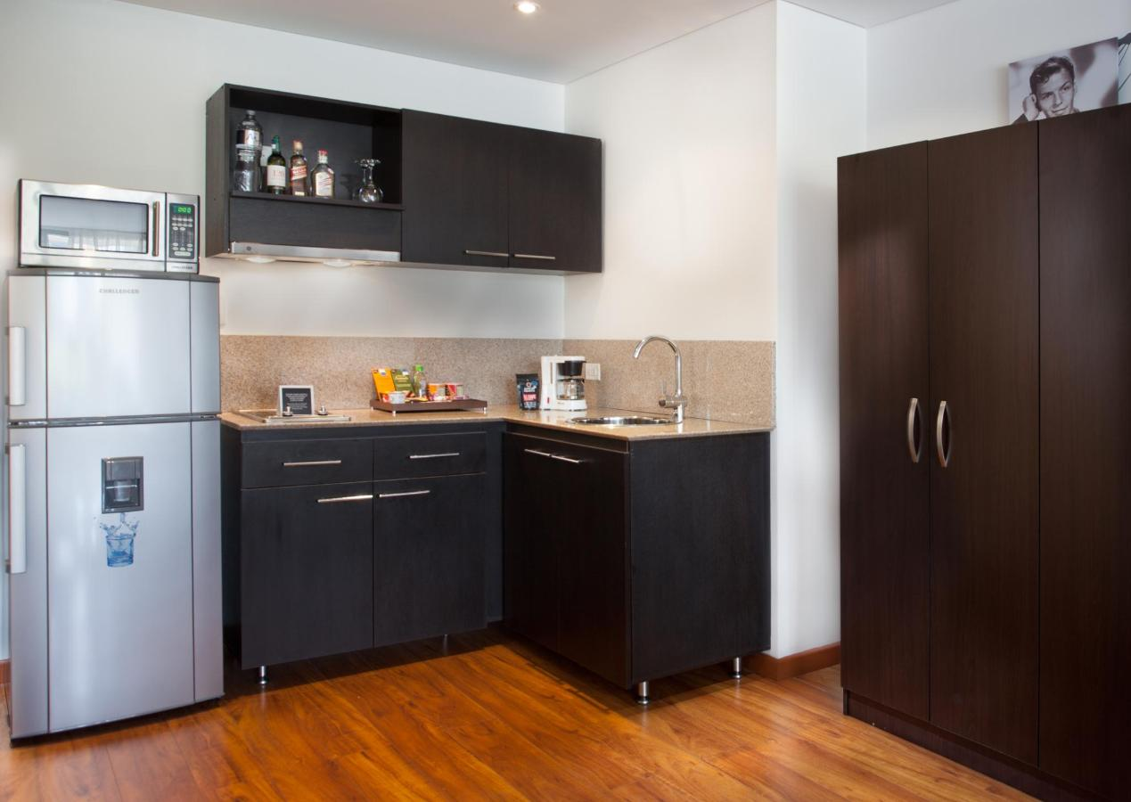 JazzApartments.com-Suite-Cocina.jpg
