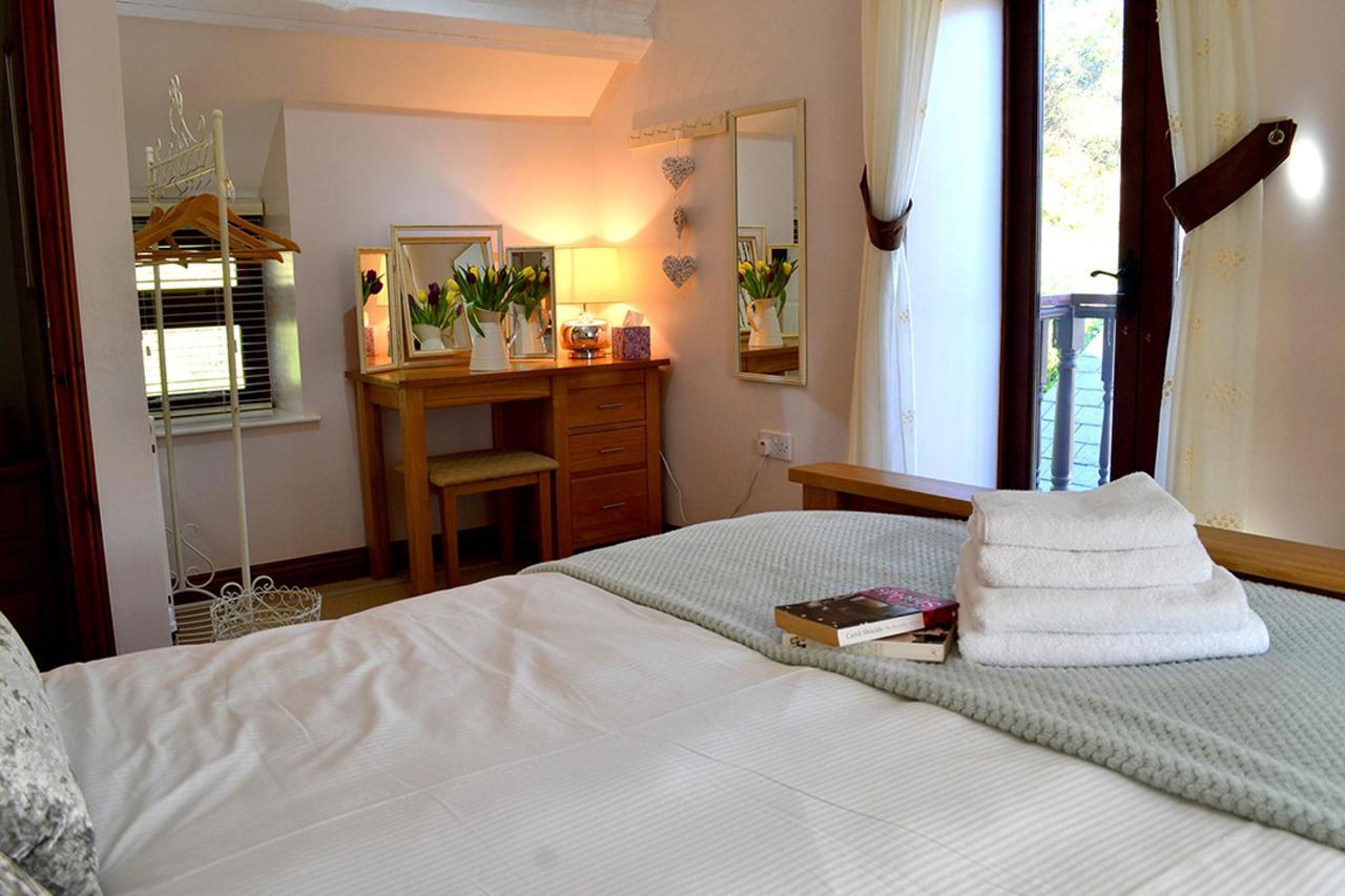 Primrose Master Bedroom 3.jpg