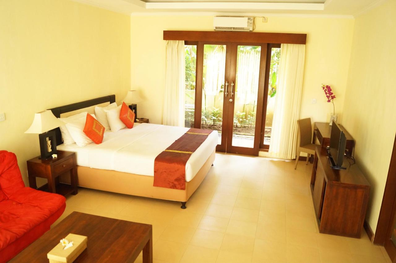 1 Guest Room (2).jpg