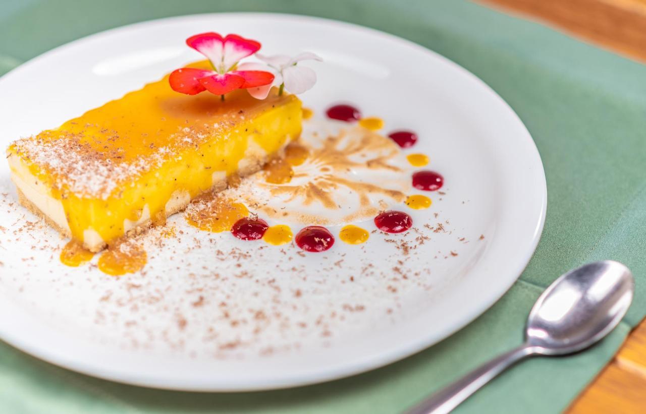 Cheesecake de maracuyá.jpg