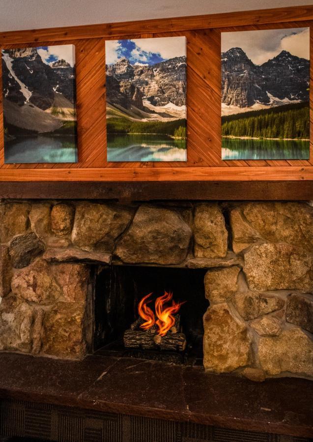 Fireplace King 3.jpg