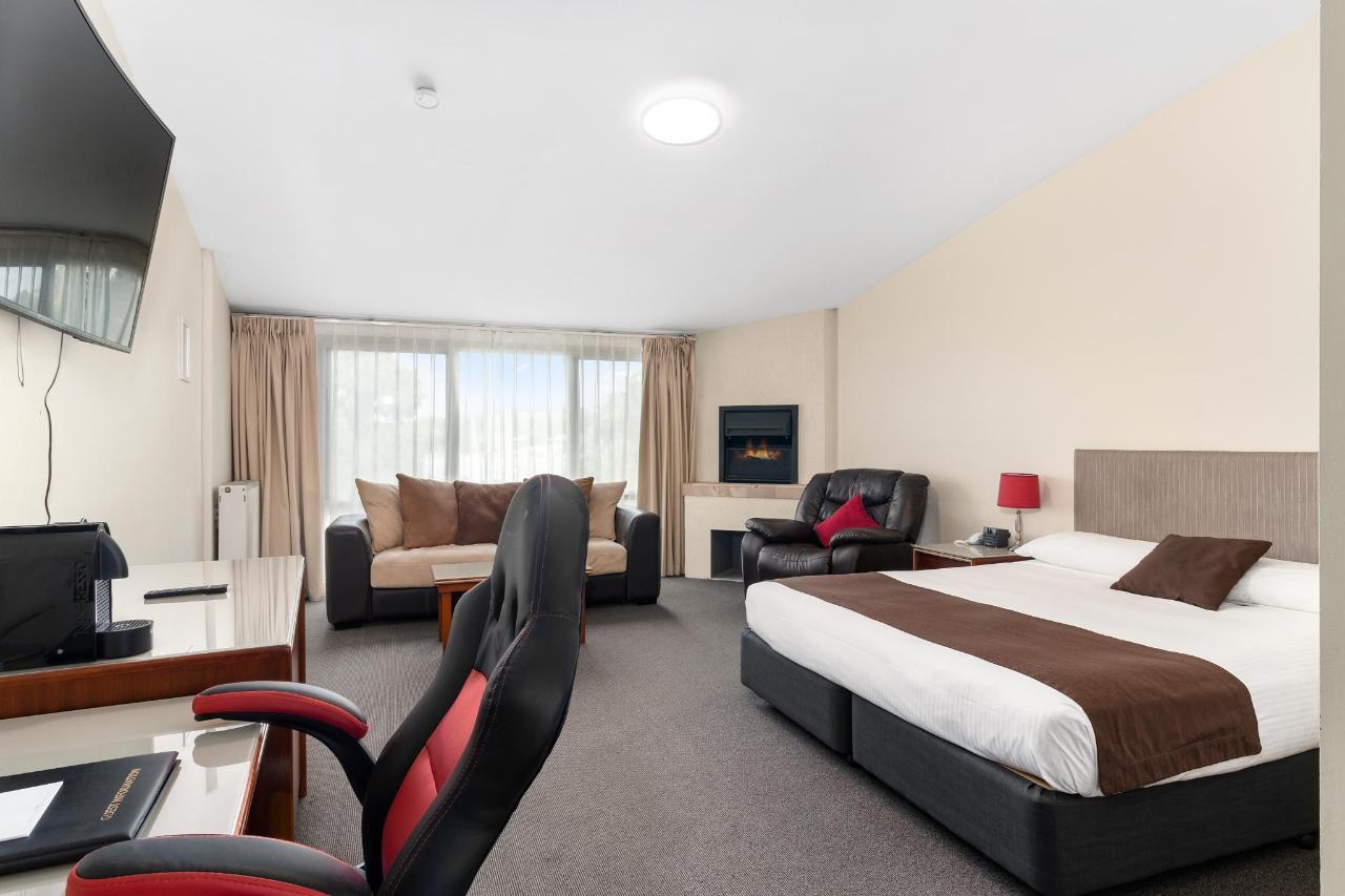 034_SPA Open2view_ID567181-AU762_Quality_Hotel_Bathurst.jpg