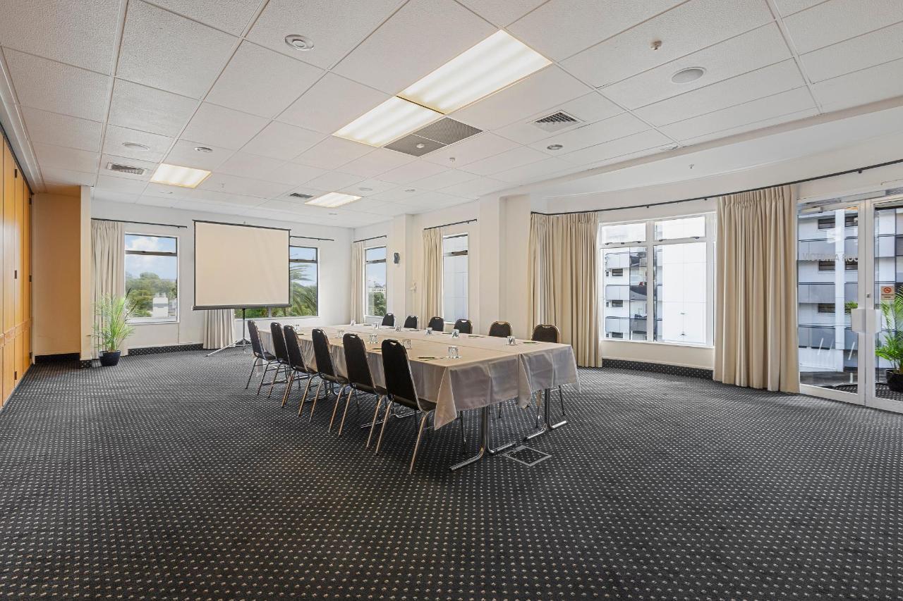 Victoria Boardroom setting.jpg