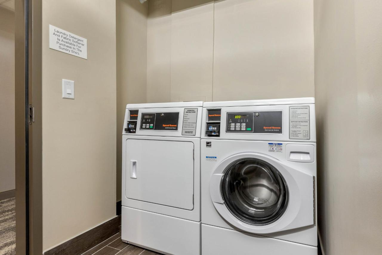 sc530laundry1.JPG