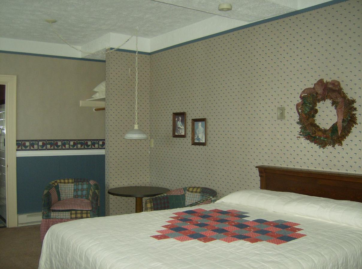 First Floor Suite 2 - Copy.JPG