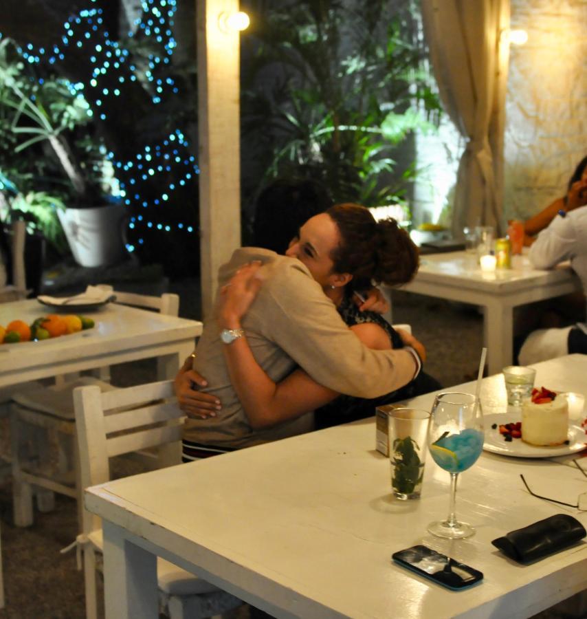 El idioma del amor se habla en House Restaurante. Las Casas B+B Hotel Boutique, Spa & Restaurante