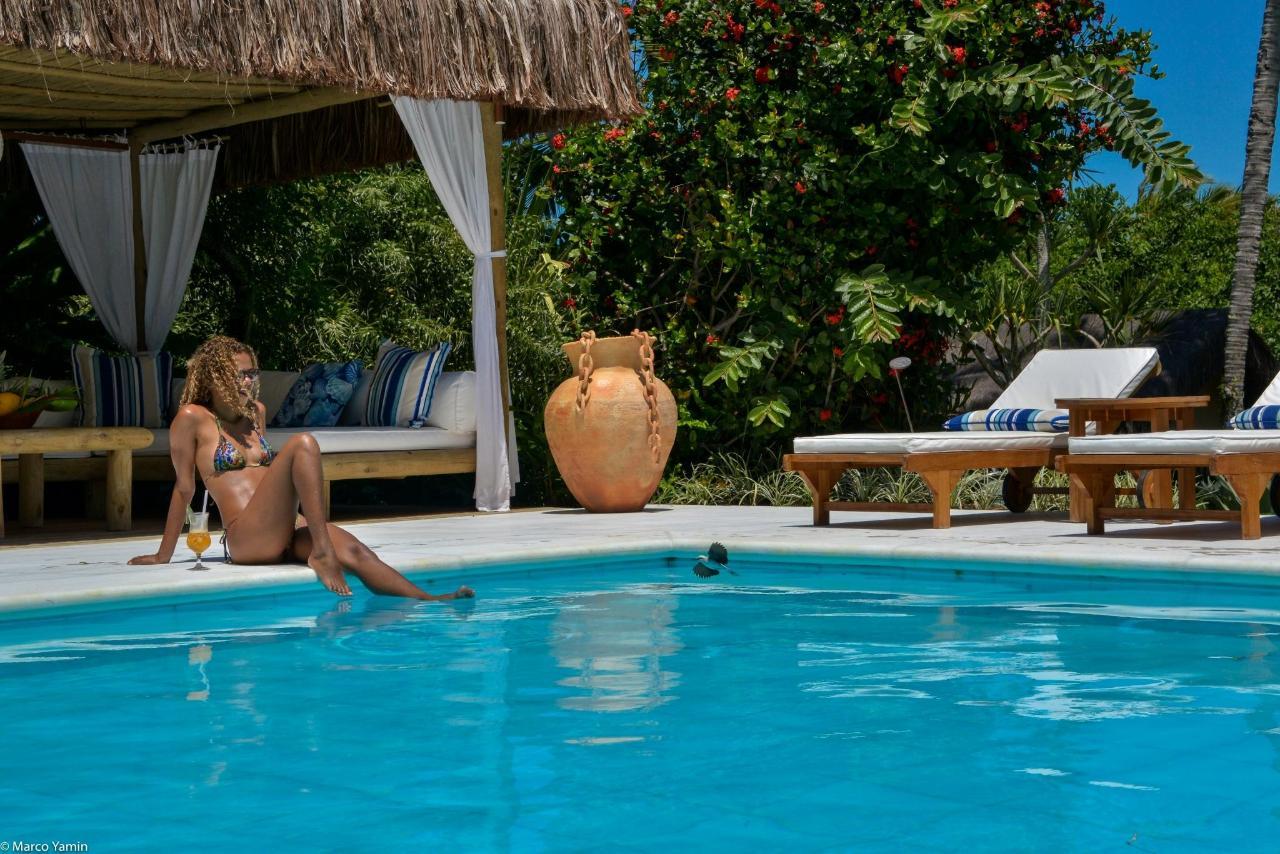 Pool_marmore_branco_villas_de_trancoso