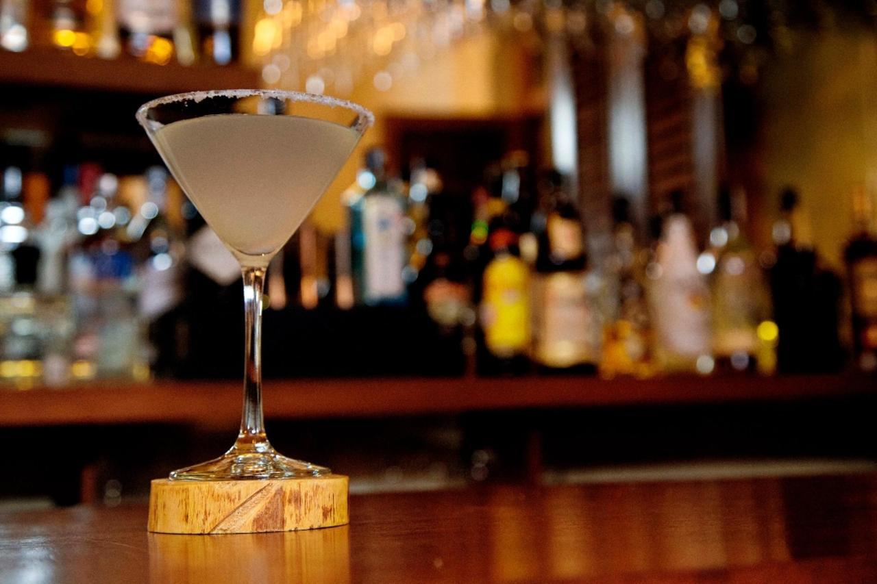 Bar DrinkALBUM FOTOS BOOKINGSUITE 1080.jpg