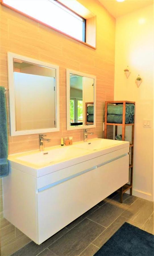 Monte Vista Bathroom.jpg