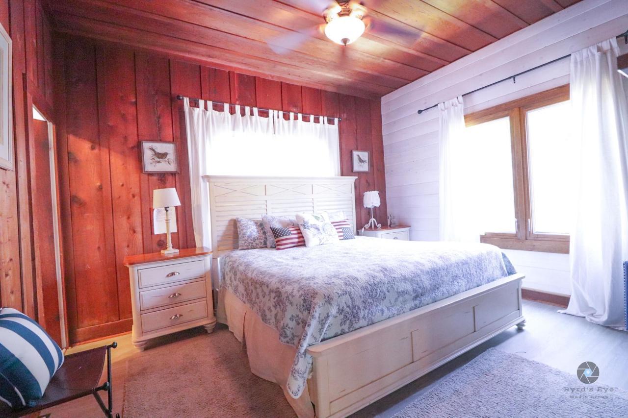 La Jolla Haven Master Bedroom.jpg