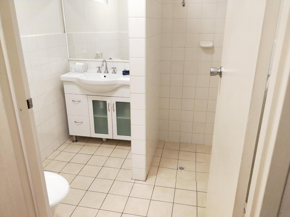 room 16 pic 3 .jpg