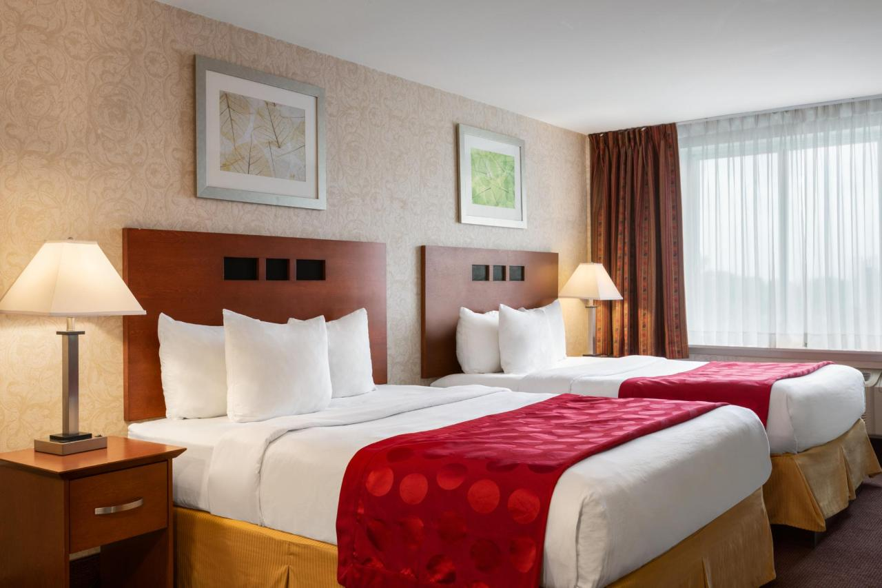 Ramada Montreal - 2 Queen Beds Suite - 1284158.jpg