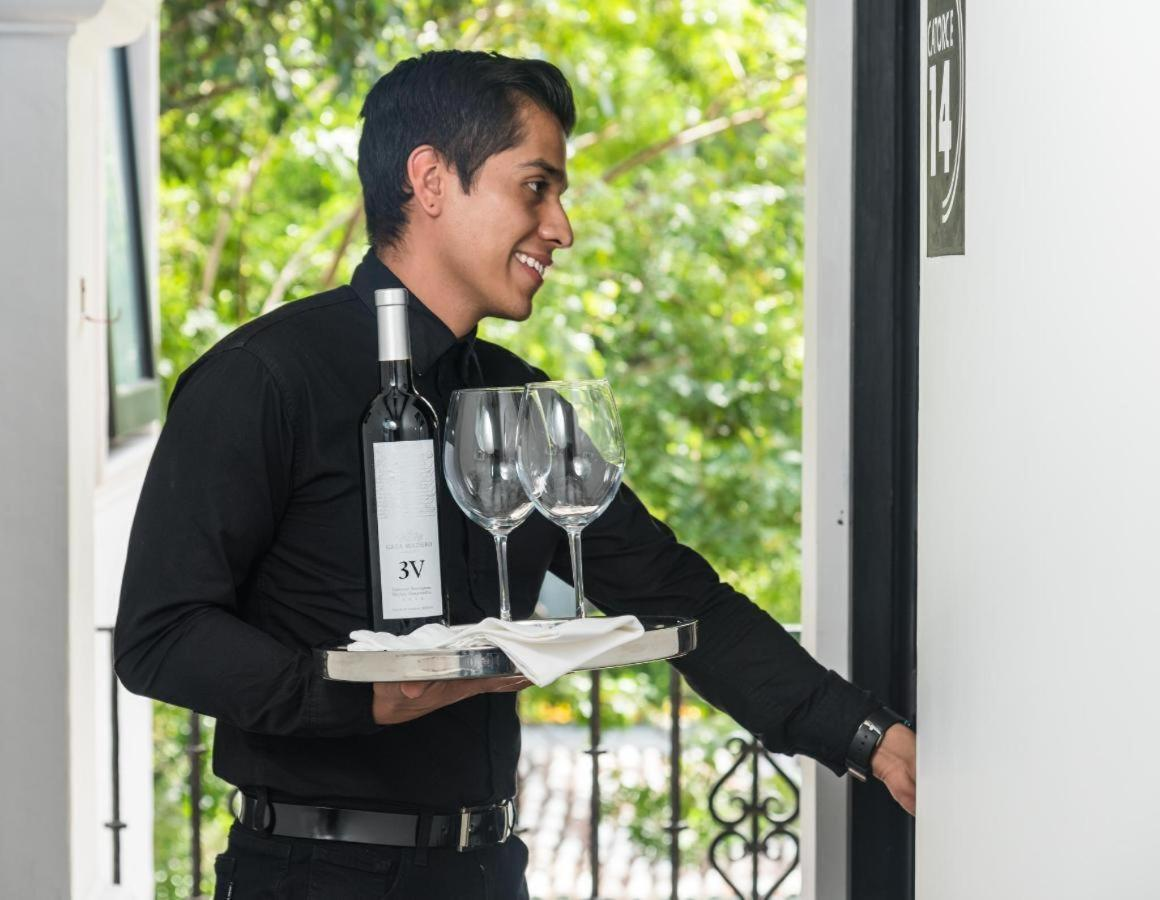 Warm, friendly staff always ready to help. Las Casas B + B Boutique Hotel,   Spa & Restaurant in Cuernavaca, Morelos.