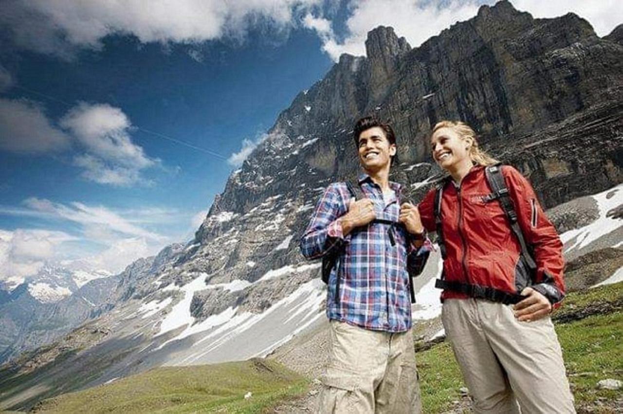 Foto Wanderpaar Eigertrail.jpg