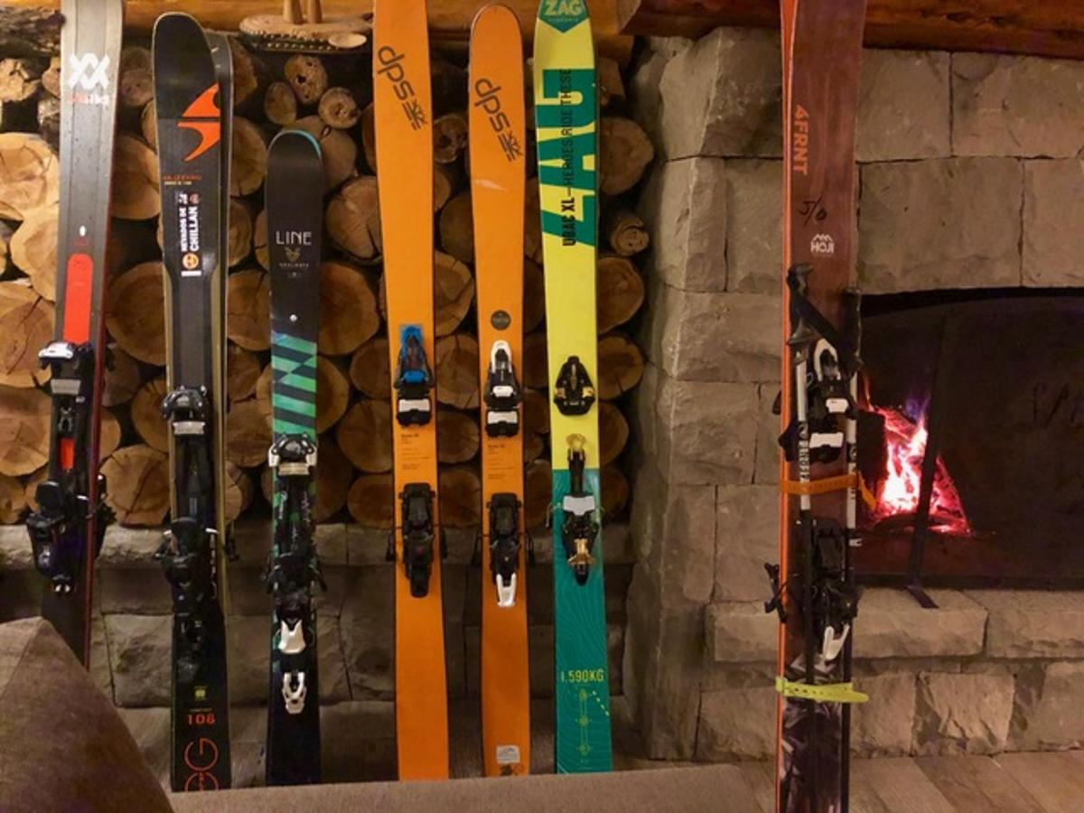 skis.jpeg