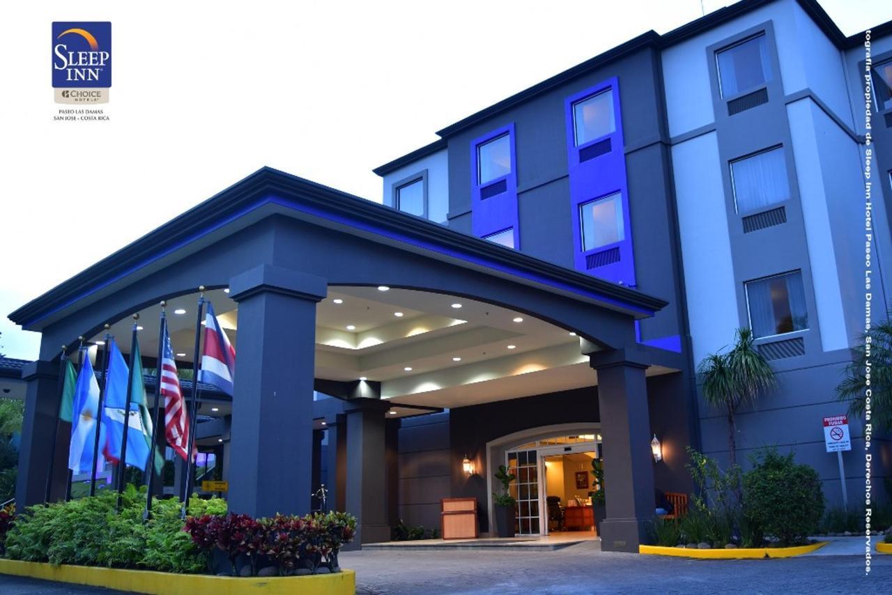 hotel-paseo-las-damas-fach02.jpg