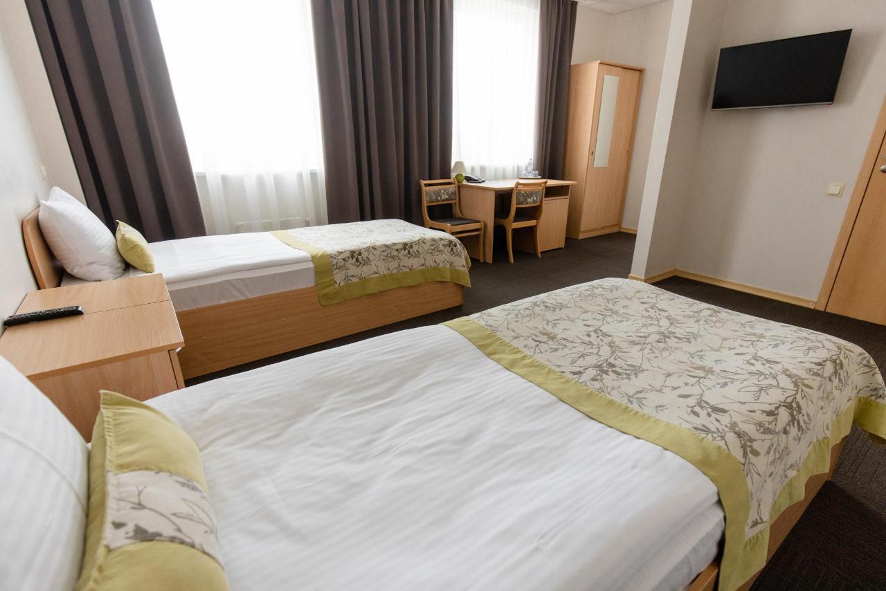 Hotel_Valmiera_Naktsmajas_TWIN_room 1.jpg