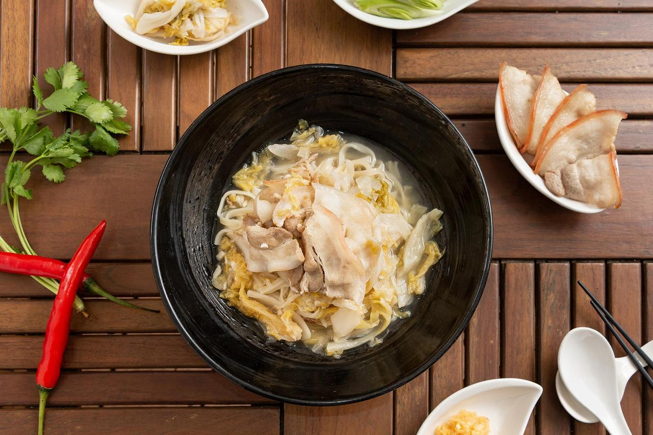 台北華國大飯店_酸菜白肉麵1.jpg