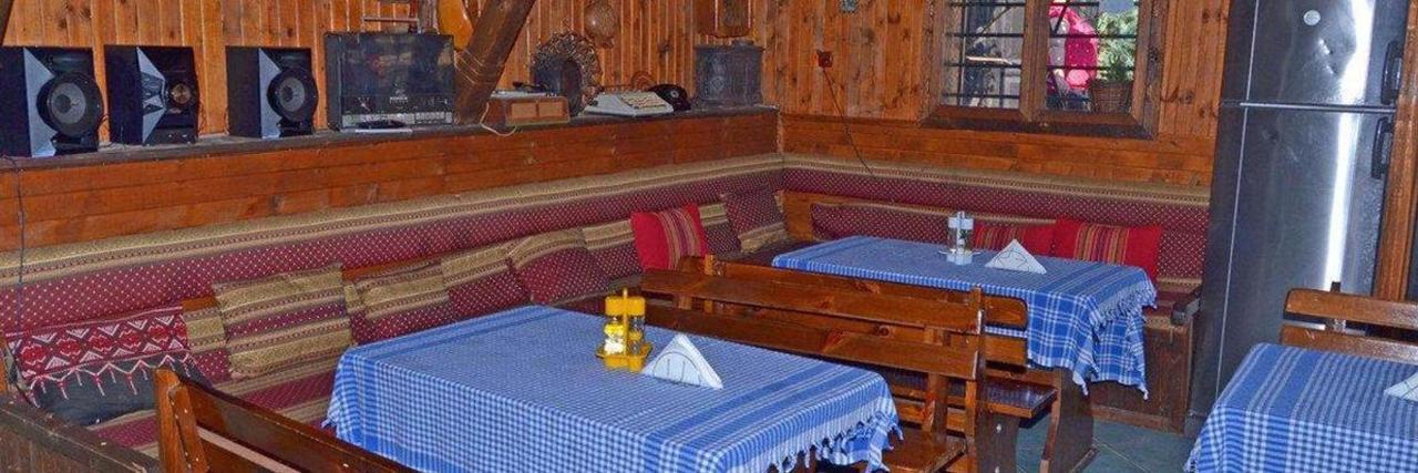 tavern_03.jpg