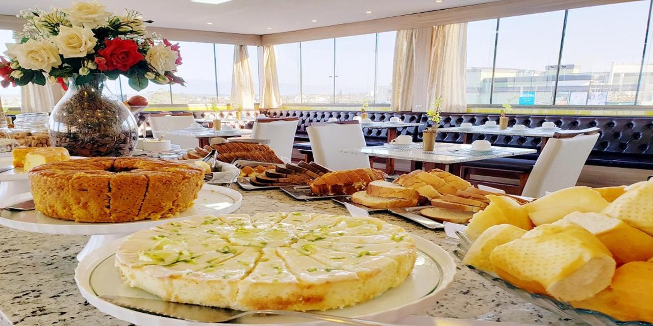 Café da manhã. sitee.jpg