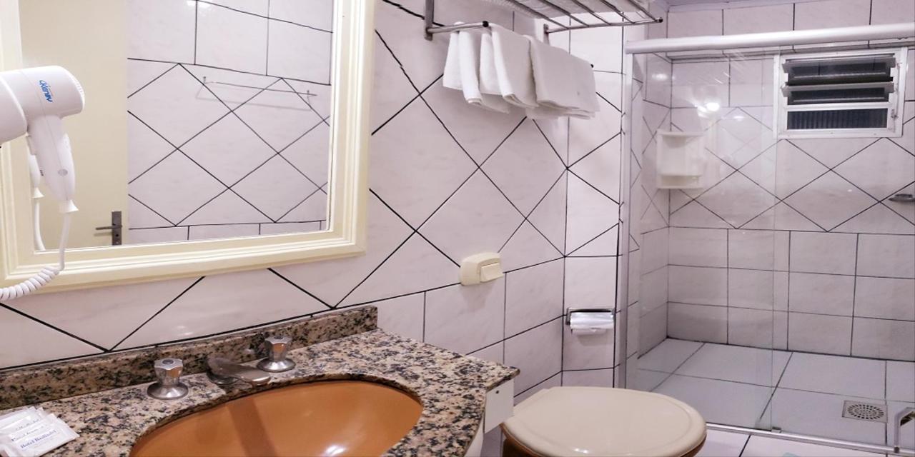 Banheiro site quintuplo.jpg