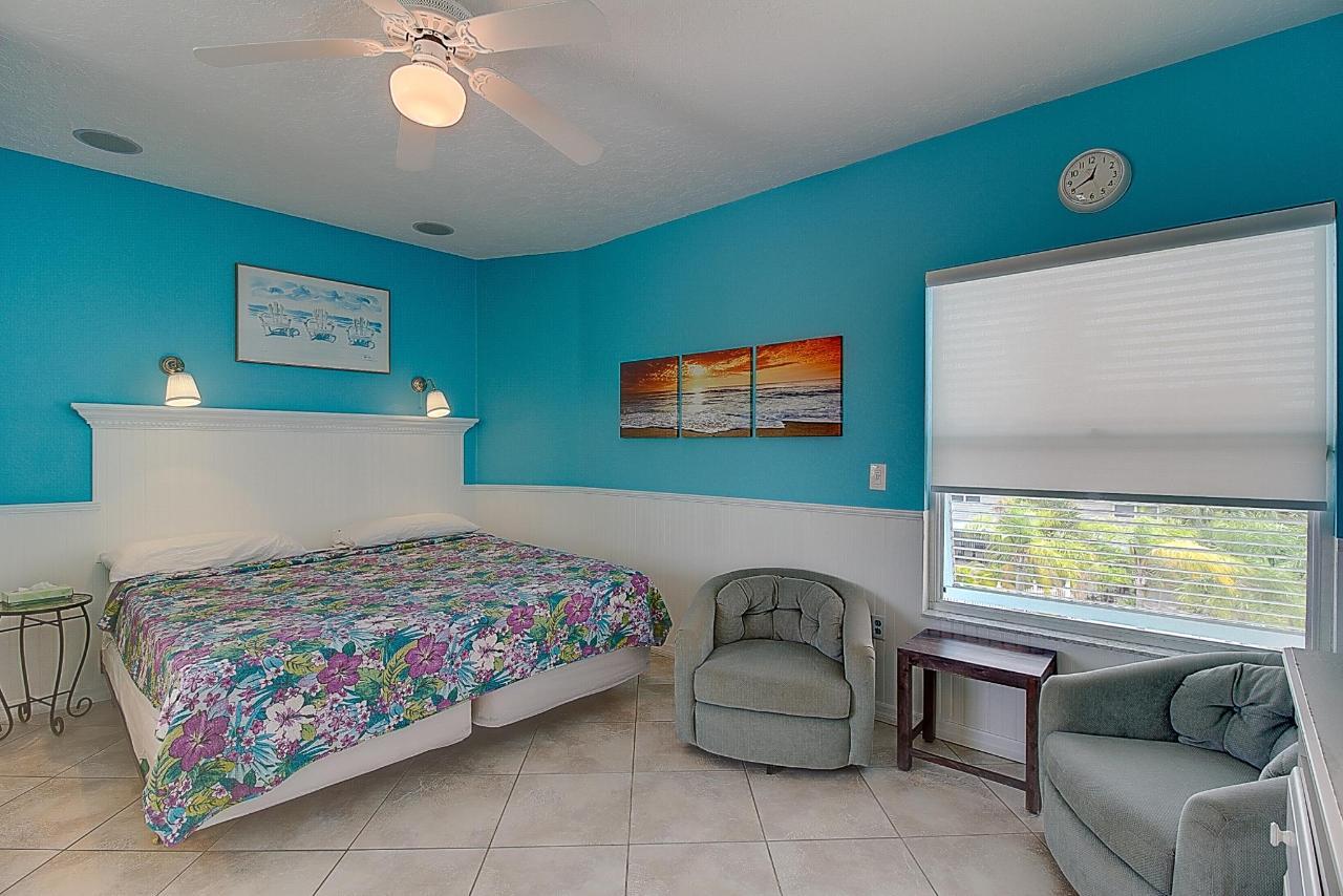 SSR Studio #6 King-size bed.jpg