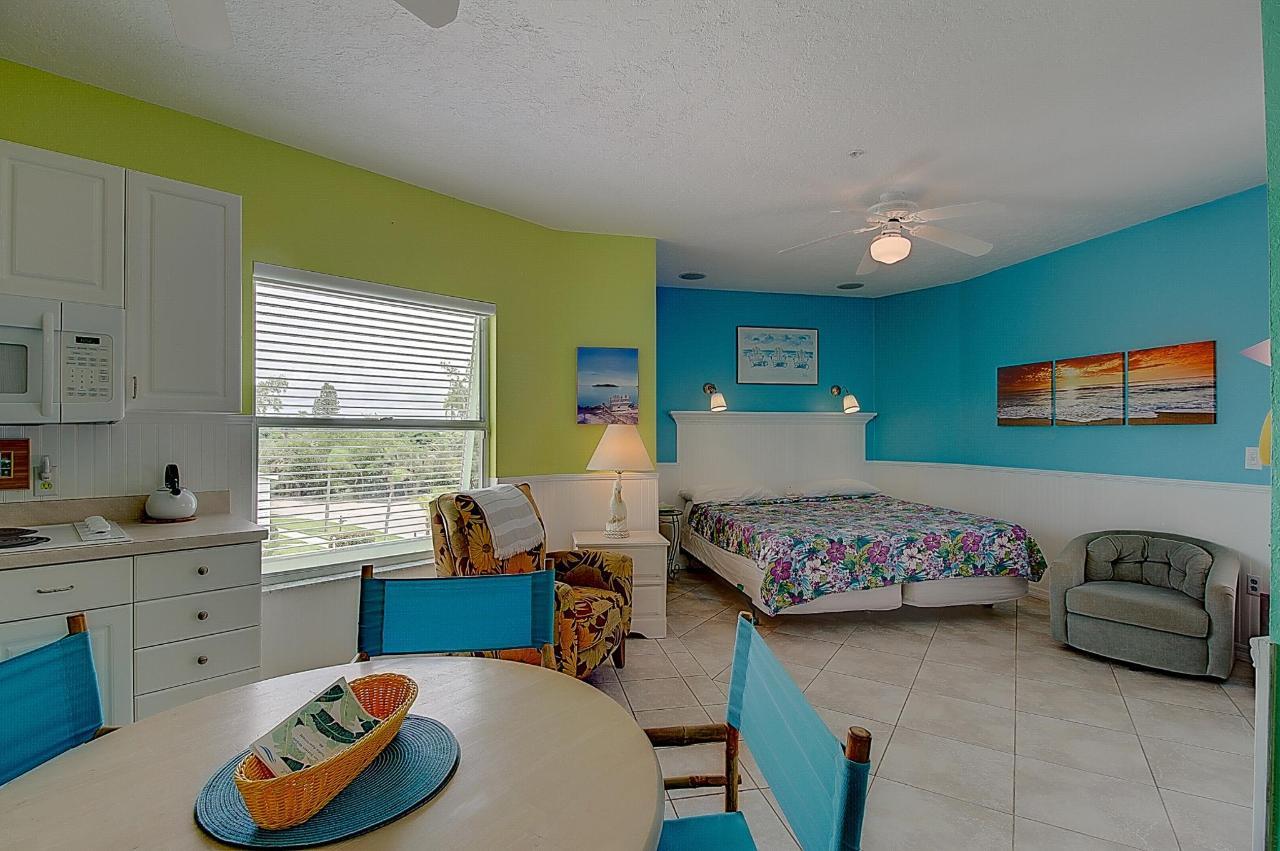 SSR Studio #6 Living area.jpg