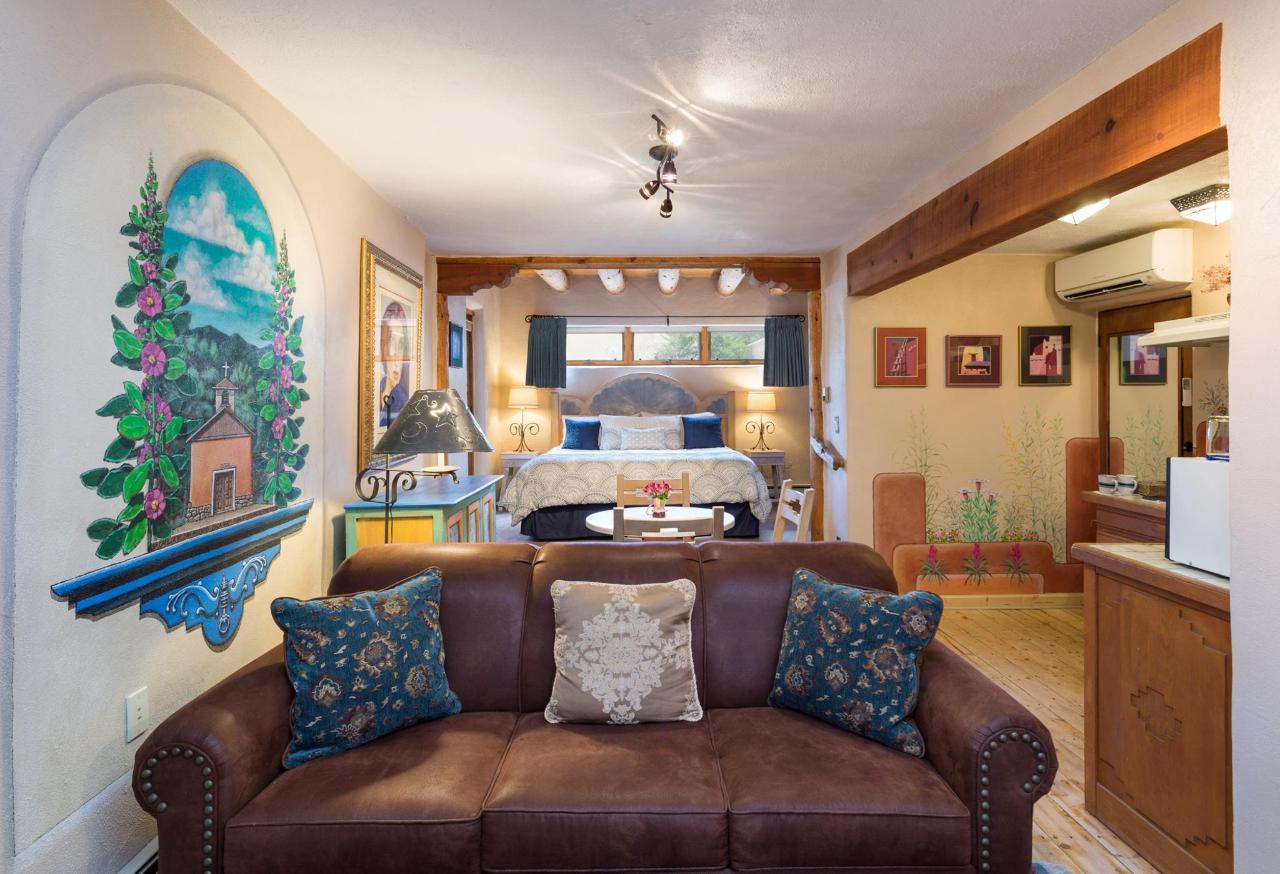 La Loma Studio with Sofa Bed and Kitchenette