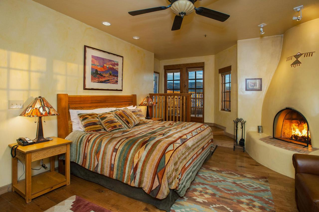 Anasazi Penthouse Deluxe Suite Bedroom with King Bed
