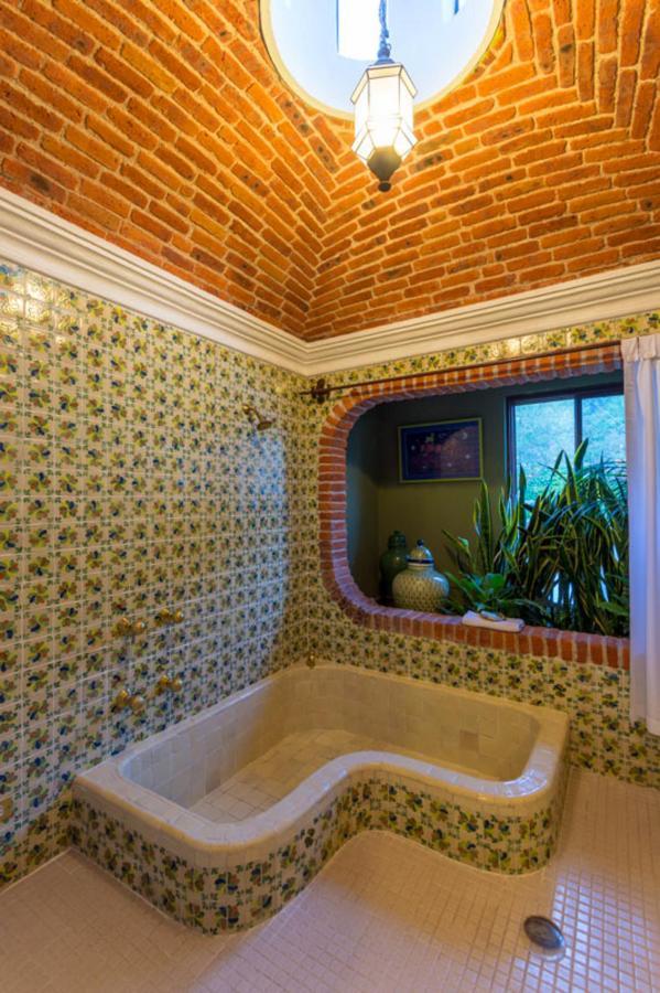 Baño habitación Pichones.jpg