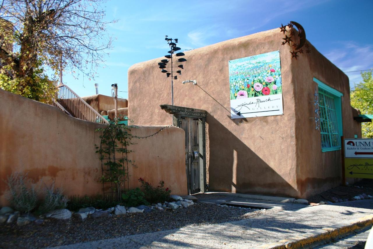 Around-Taos-art gallery.jpg