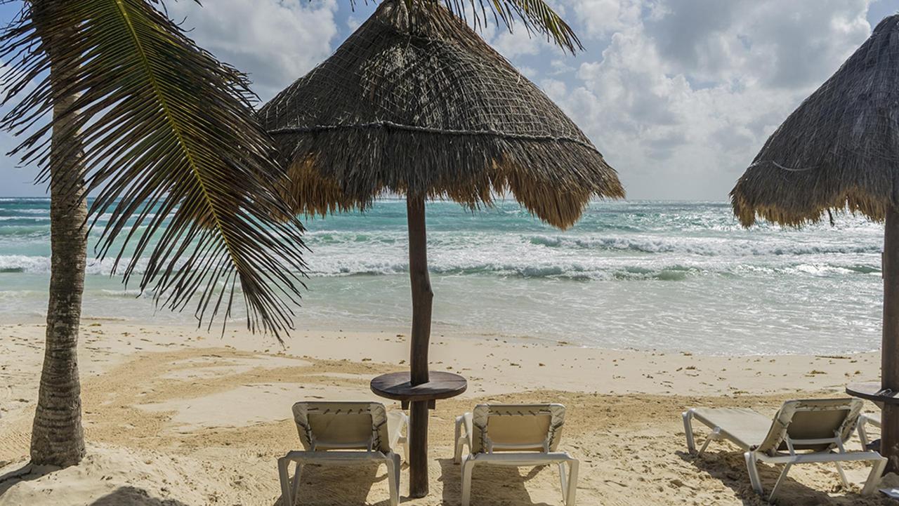 spiaggia lettini 2 sml.jpg