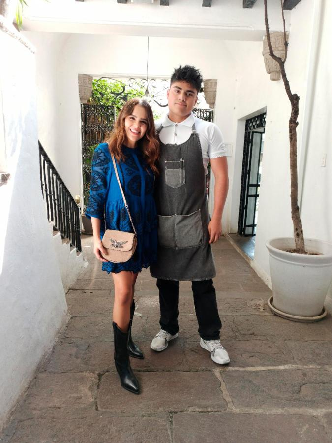Yuya Youtuber Top de México en el House Restaurante dentro Las Casas B+B Hotel Boutique en el Centro de Cuernavaca .png