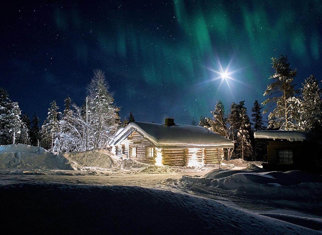 Polar Aurora Cabins_DSC9060.jpg