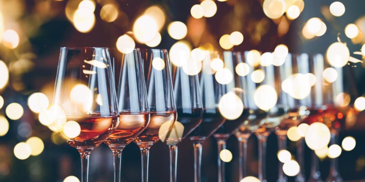 Bistro- Menu selection de vins importés.jpg
