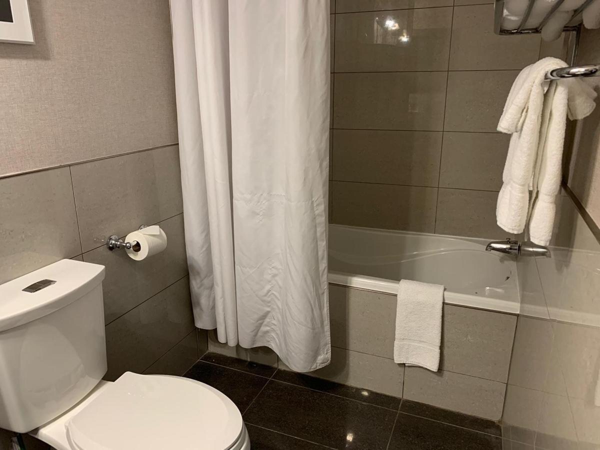 suite601-3.jpg
