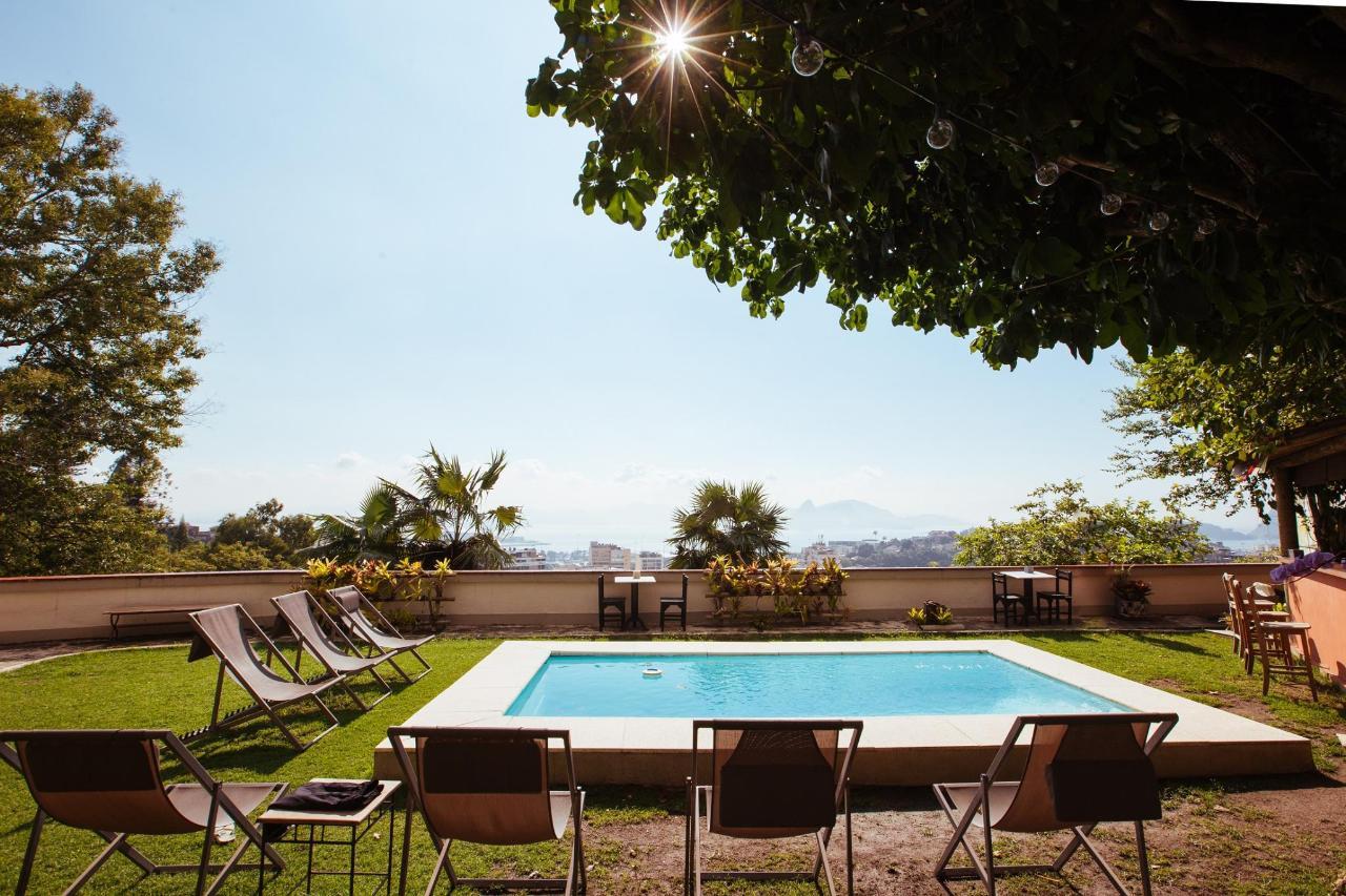 gerthrudes_pousada_santa_teresa_rj_piscina.jpg