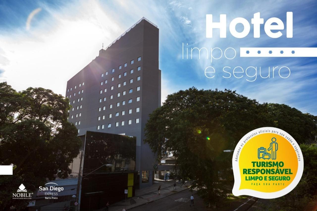 Foto Hotel com o selo.jpg